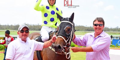 R2 Yvette Bremner Lyle Hewitson Zalika -Fairview 18-January-2019-1-PHP_1232