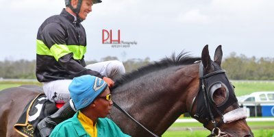 R8 Alan Greeff Richard Fourie African Messiah-Fairview 18-January-2019-1-PHP_1563