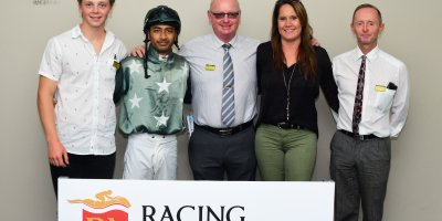 R2 Gavin Smith Gold Dragon Stallone Naidoo-Fairview 15-March-2019-1-PHP_0875