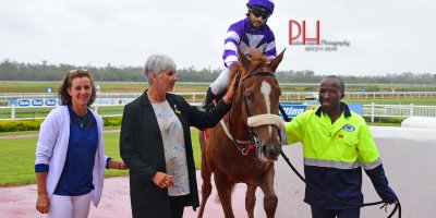 R4 Alan Greeff Stallone Naidoo Alphabet Street-Fairview 8-March-2019-1-PHP_0282