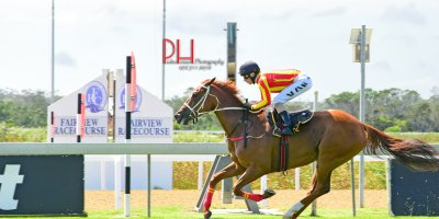 R4 Yvette Bremner Lyle Hewitson Maverick Girl-Fairview 15-March-2019-1-PHP_0976