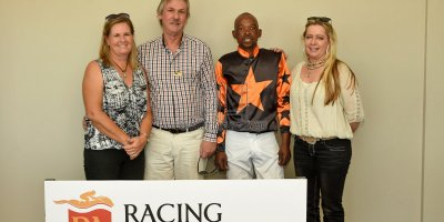 R2 Yvette Bremner Lucky Mkhwambi Dancing In Seattle - Work Riders- 11 May 2019-Fairview Racecourse-PHP_9013