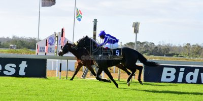 R5 Sharon Kotzen Louie Mxothwa Desert Chief-Fairview 3-May-2019-PHP_7861