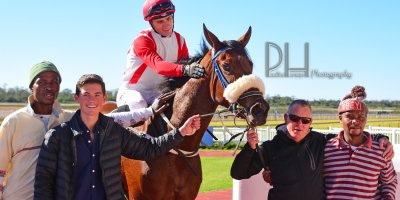 R1 Jacques Strydom Collen Storey Beneficiary- 14 June 2019-Fairview Racecourse-1-PHP_5353