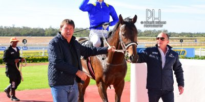 R2 Yvette Bremner Lyle Hewitson Self Assured- 28 June 2019-Fairview Racecourse-1-PHP_7827 (1)
