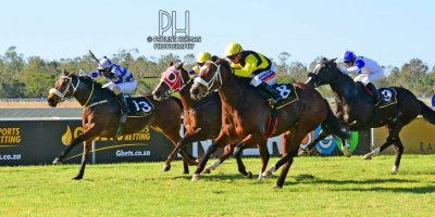 R4 Alan Greeff Greg Cheyne Dame Commander- 26 July 2019-Fairview Racecourse-1-PHP_1818
