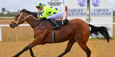 R5 Yvette Bremner Lyle Hewitson Flying Squadron- 12 July 2019-Fairview Racecourse-1-PHP_9960