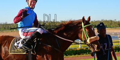 R7 Jacques Strydom Greg Cheyne Onesie PE Gold Cup- 14 June 2019-Fairview Racecourse-1-PHP_5732