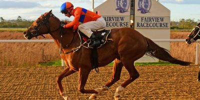 R8 Yvette Bremner Lyle Hewitson Le Grand Rouge- 19 July 2019-Fairview Racecourse-1-PHP_1317