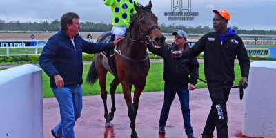 R8 Yvette Bremner Lyle Hewitson Open Fire- 12 July 2019-Fairview Racecourse-1-PHP_0249
