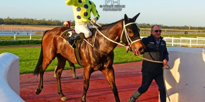 R9 Yvette Bremner Lyle Hewitson Zalika- 5 July 2019-Fairview Racecourse-1-PHP_8826