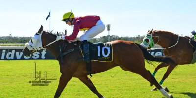 R1 Gavin Smith Kyle Strydom Flame Up-Fairview Racecourse-9 August 20191-PHP_4411