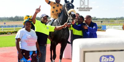 R1 Grant Paddock S Ngqabuko Varsity Bourbon-Fairview Racecourse-23 August 20191-PHP_5680