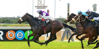 R1 Jacques Strydom D Bogalieboile Humanitarian-Fairview Racecourse-30 August 20191-PHP_6645