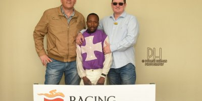 R1 Jacques Strydom D Bogalieboile Humanitarian-Fairview Racecourse-30 August 20191-PHP_6666