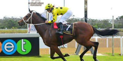 R2 Yvette Bremner Richard Fourie Glory Days-Fairview Racecourse-30 August 20191-PHP_6699