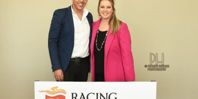 R4 Alan Greeff Teaque Gould African Chime-Fairview Racecourse-9 August 20191-PHP_4680