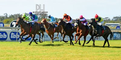 R4 Yvette Bremner Richard Fourie Open Fire-Fairview Racecourse-30 August 20191-PHP_6810