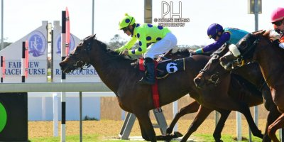 R4 Yvette Bremner Richard Fourie Open Fire-Fairview Racecourse-30 August 20191-PHP_6815