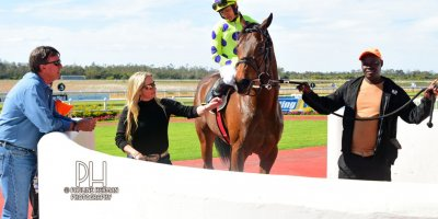 R4 Yvette Bremner Richard Fourie Open Fire-Fairview Racecourse-30 August 20191-PHP_6835