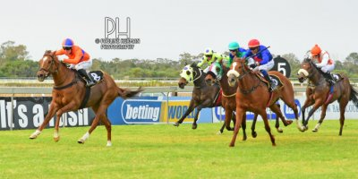 R5 Yvette Bremner Mathew Thackeray Le Grand Rouge- 2 August 2019-Fairview Racecourse-1-PHP_3419