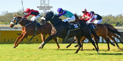 R7 Andre Nel Anthony Andrews Vikram-Fairview Racecourse-30 August 20191-PHP_7062