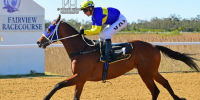 R4 Vaghan Marshall MJ Byleveld At The Office-Fairview Racecourse-6 September 20191-PHP_7974