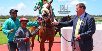 R1 Alan Greeff Charles Ndlovu Step Lively-Fairview Racecourse -15 November 2019-1-PHP_7649