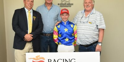 R2 Alan Greeff Greg Cheyne Foreign Source-Fairview Racecourse -15 November 2019-1-PHP_7705
