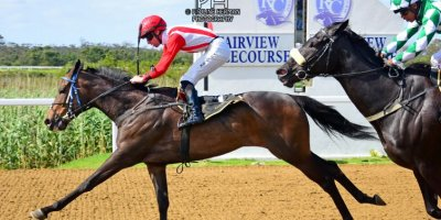 R6 Jacques Strydom Keanen Steyn Boldness-Fairview Racecourse -18 November 2019-1-PHP_8563
