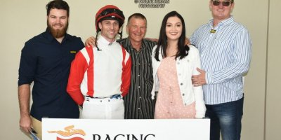 R2 Jacques Strydom Keanen Steyn King Capone-Fairview Racecourse -30 December 2019-1-PHP_7057