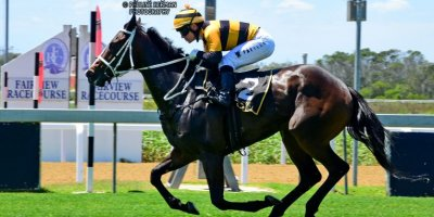 R2 Yvette Bremner Wayne Agrella Evermore-Fairview Racecourse -13 December 2019-1-PHP_2411