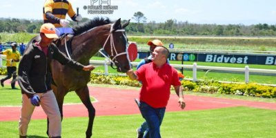R2 Yvette Bremner Wayne Agrella Evermore-Fairview Racecourse -13 December 2019-1-PHP_2428