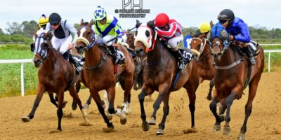 R3 Jacques Strydom Daniel Bogaleboile Omaha Tribe-Fairview Racecourse -30 December 2019-1-PHP_7071