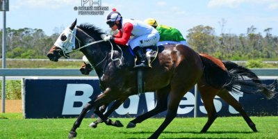 R3 Yvette Bremner Wayne Agrella Undiscovered Gem-Fairview Racecourse -13 December 2019-1-PHP_2513