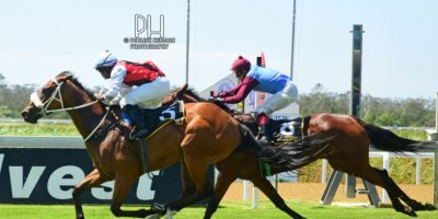 R4 Gavin Smith Julius Mphanya Pomaceous-Fairview Racecourse-31 JAN 2020-1-PHP_1831