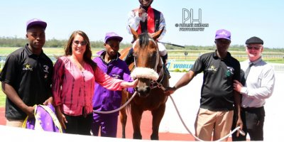 R4 Gavin Smith Julius Mphanya Pomaceous-Fairview Racecourse-31 JAN 2020-1-PHP_1840