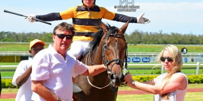 R5 Yvette Bremner Wayne Agrella Jays Hawk-Fairview Racecourse-24 JAN 2020-1-PHP_0446