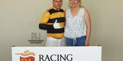 R5 Yvette Bremner Wayne Agrella Jays Hawk-Fairview Racecourse-24 JAN 2020-1-PHP_0454
