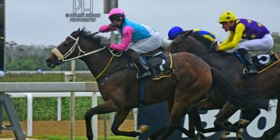 R8 Gavin Smith Julius Mphanya Mattina-Fairview Racecourse-3 JAN 2020-1-PHP_8558