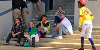 R5 Meeting Abandoned due to protesting on track-Fairview Racecourse-21 FEB 2020-1-PHP_5005