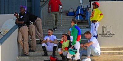 R5 Meeting Abandoned due to protesting on track-Fairview Racecourse-21 FEB 2020-1-PHP_5007
