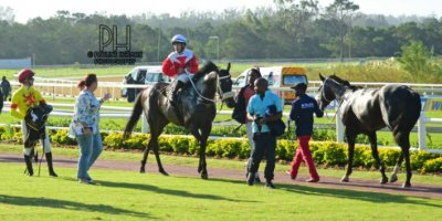 R10 Tara Laing Chase Maujean Beethoven-Fairview Racecourse-6 MAR 2020-1-PHP_7629
