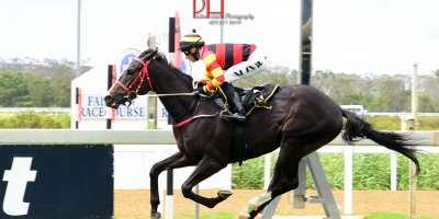 R6 Yvette Bremner Lyle Hewitson National Park-Fairview 18-January-2019-1-PHP_1442