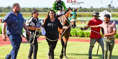 R9 Five Star Racing Collen Storey The Carpenter-Fairview 11-January-2019-1-PHP_0398