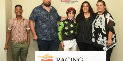 R9 Five Star Racing Collen Storey The Carpenter-Fairview 11-January-2019-1-PHP_0425