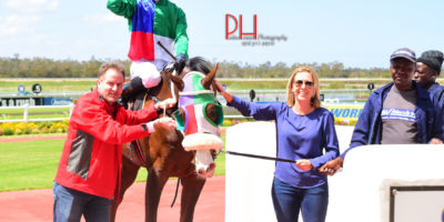 R2 Tara Laing Lyle Hewitson Free Agent-Fairview 7-November-2018-1-PHP_7291