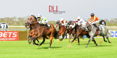 R7 Yvette Bremner Lyle Hewitson Quinlan-Fairview 30-November-2018-1-PHP_0860