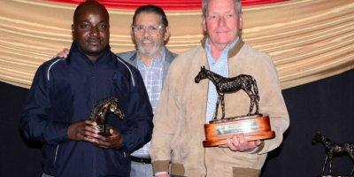 RA WARDS 16 005 CHAMP HORSE OF SEASON CORAL FEVER (1)
