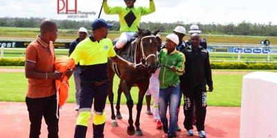 R1 Yvette Bremner M Mkhwambi Melandia Work Riders -Fairview 15-March-2019-1-PHP_0804